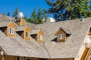 wood-shingle-roof--300x199